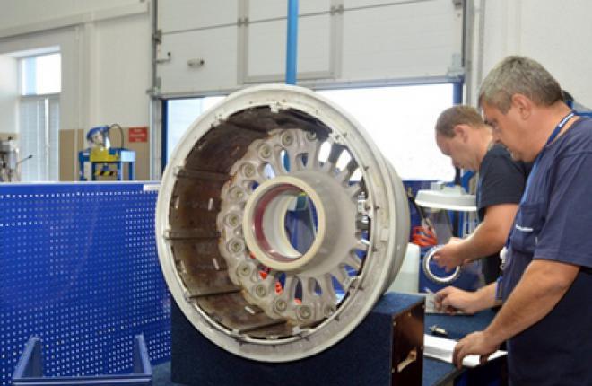 Авиакомпания OrenAir обслужила сто колес для Boeing 737