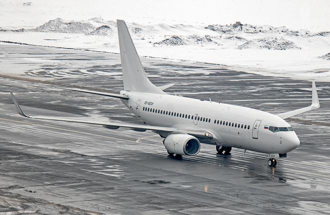 Самолет Boeing 737-700 якутской авиакомпании «Алроса»
