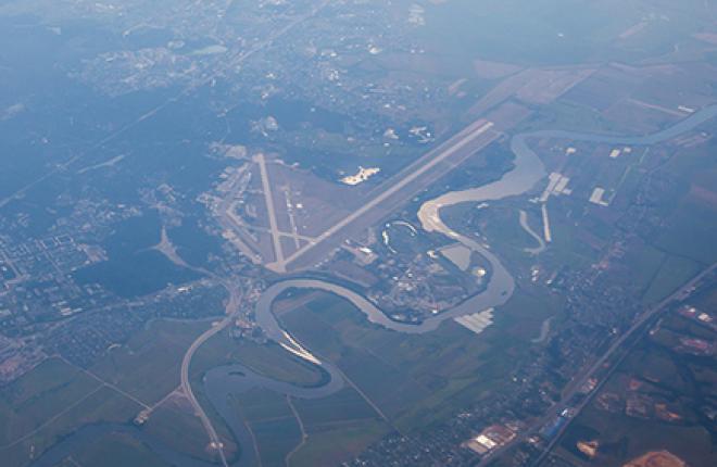 """Oстановка полетов """"Добролёта"""" не заставила госкорпорацию """"Ростех"""" отказаться от идеи создания в Раменском аэропорта для низкотарифных перевозчиков."""