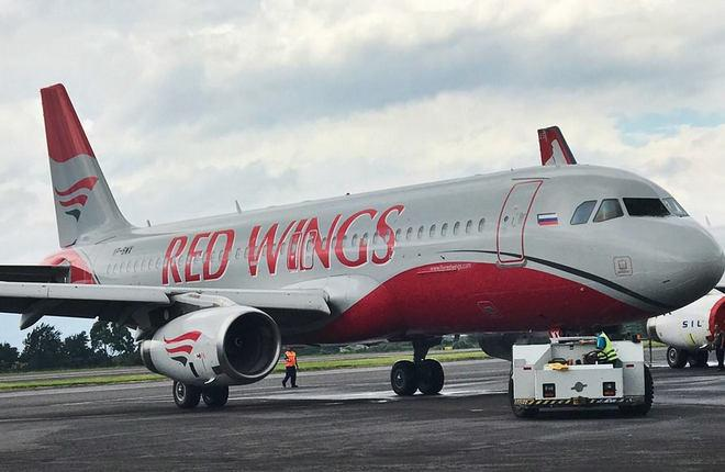 Самолет A320 авиакомпании Red Wings