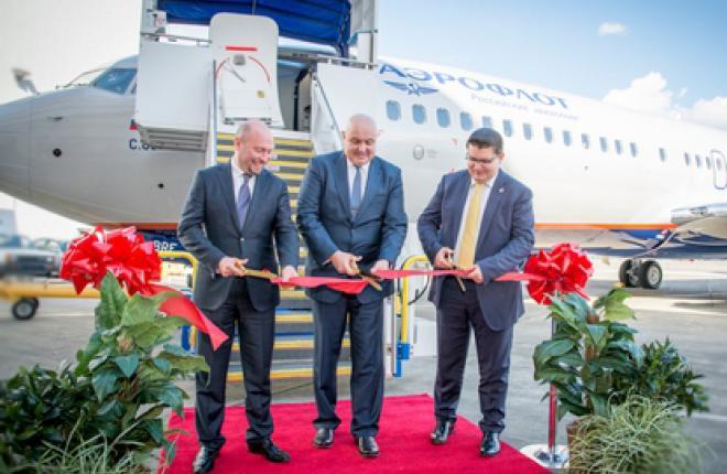"""""""Ростех"""" получил первый самолет Boeing 737-800 для передачи в """"Аэрофлот"""""""