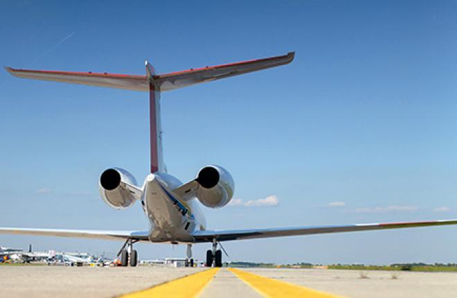 Как большая политика влияет на деловую авиацию.