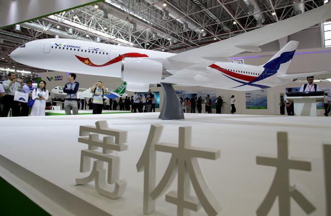 Макет российско-китайского широкофюзеляжного самолета