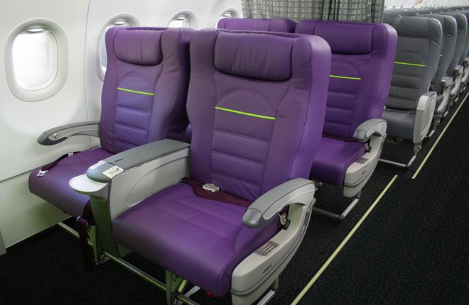 Пассажирский салон самолета A320 S7 Airlines