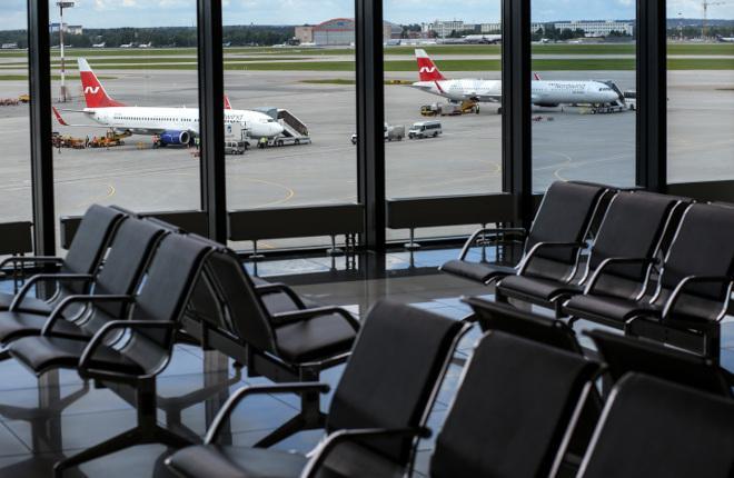 Зал ожидания в аэропорту Шереметьево