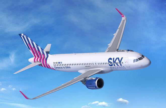 Самолет Airbus A320neo авиакомпании Sky Express