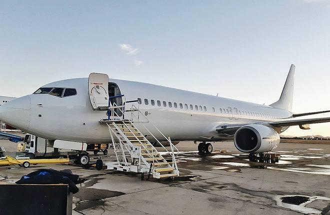 Самолет Boeing 737-800 авиакомпании SkyUp Airlines, регистрационный номер   UR-SQF