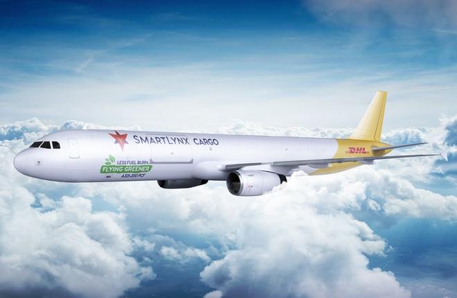 грузовой самолет Airbus А321-200F авиакомпании SmartLynx
