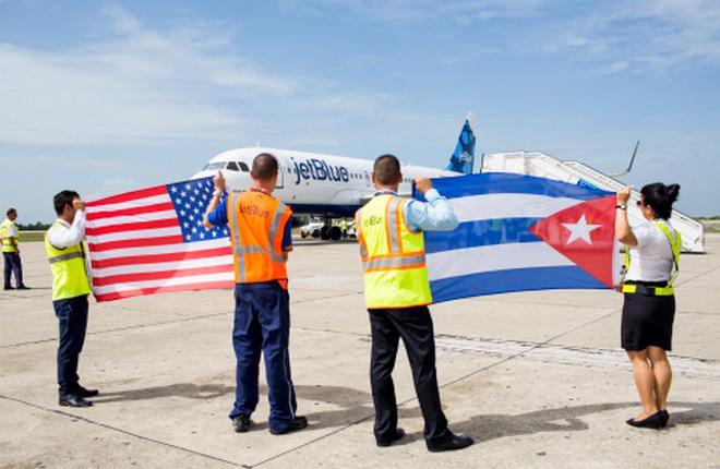США и Куба возобновили регулярное авиасообщение