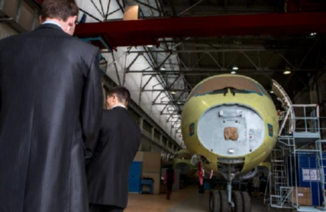 """Авиакомпания """"Оренбуржье"""" в 2016–2018 годах приобретет восемь SSJ 100"""
