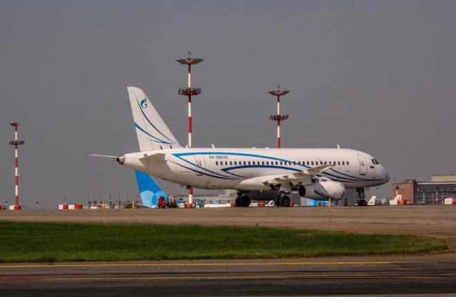 """Газпром авиа"" доверила техобслуживание SSJ 100 холдингу ""Инжиниринг"""