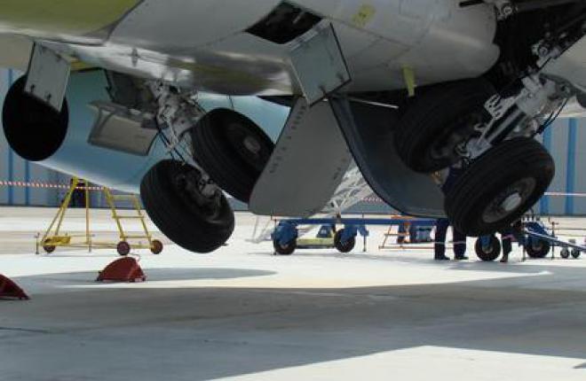 Sukhoi Superjet 100 совершил вынужденную посадку в аэропорту Челябинска