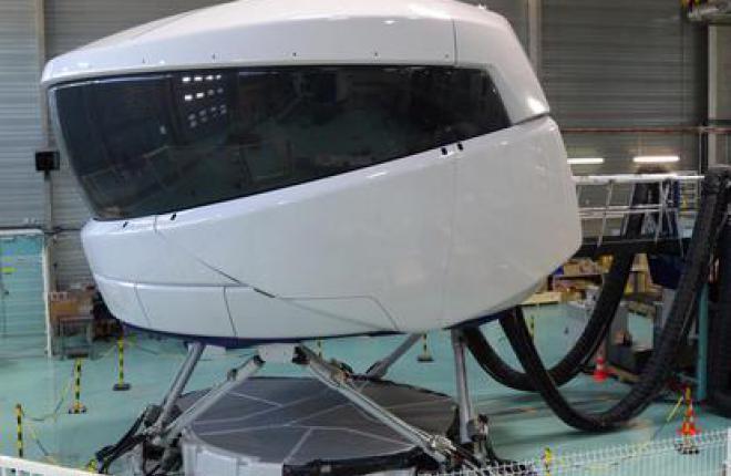 Пилотажный тренажер самолета SSJ100 готов к обучению российских пилотов