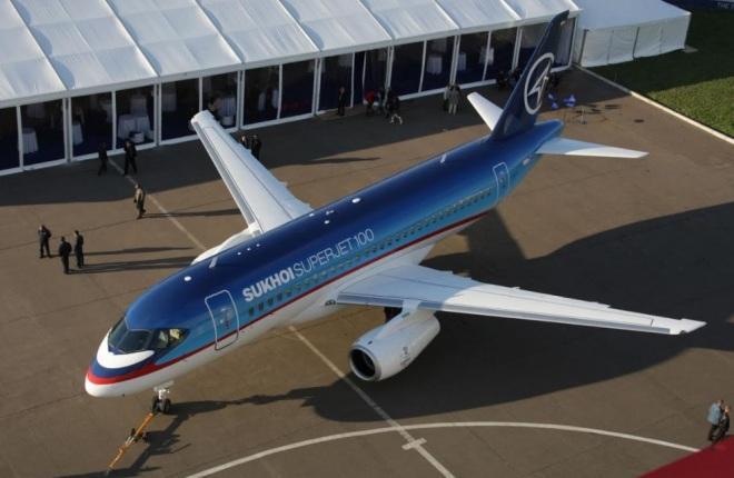 Самолет Sukhoi Superjet 100 (SSJ 100)