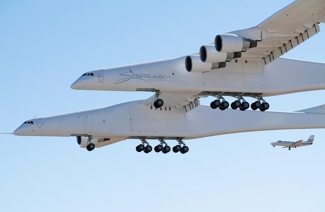 Stratolaunch Scaled Model 351