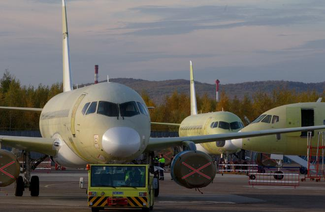 Самолеты Sukhoi Superjet 100 на заводе в Комсомольске-на-Амуре