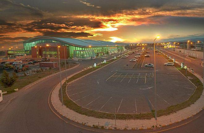 В аэропортах Грузии продолжился рост пассажиропотока