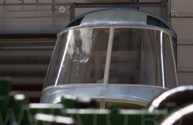 Остекление кабины вертолета Ка-62 испытали на птицестойкость