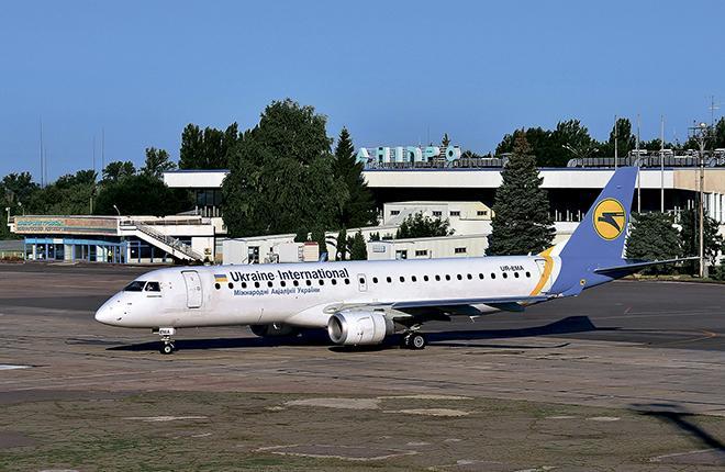 Сейчас во флоте МАУ пять самолетов Embraer E190