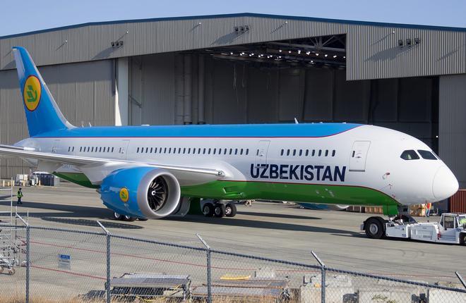 Для Uzbekistan Airways покрасили первый Boeing 787