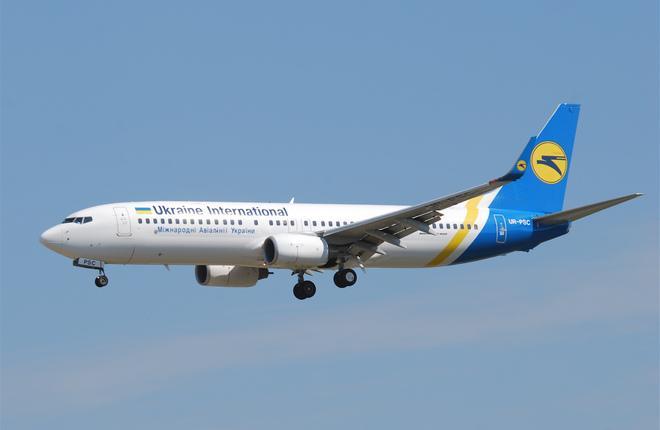 Самолет Boeing 737-800 авиакомпании МАУ