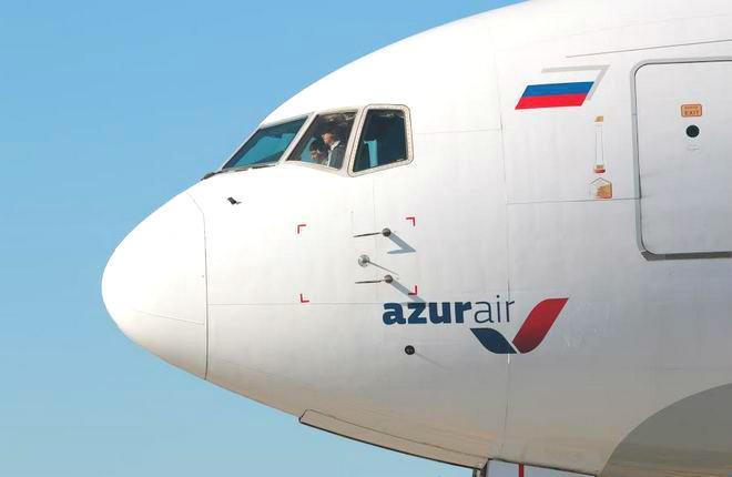 Самолет Boqing 767-300 авиакомпании Azur Air