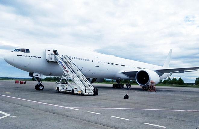 """""""ВИМ-авиа"""" получила самолет Boeing 777-300ER"""