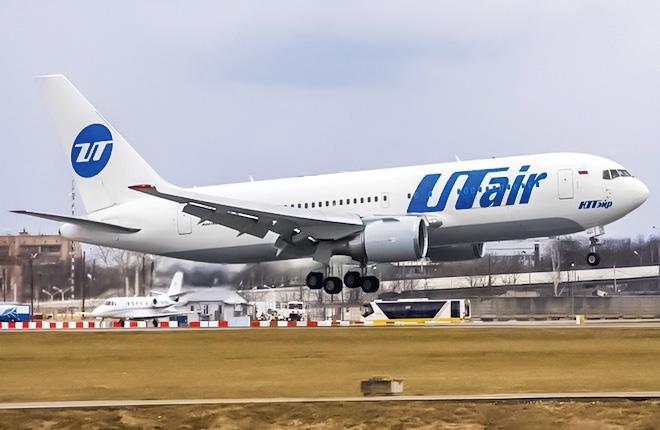 """Самолет Boeing 767 авиакомпании """"ЮТэйр"""""""