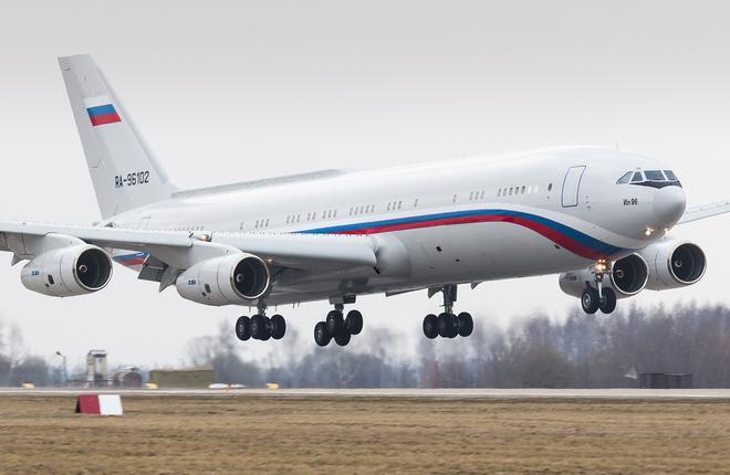 Минобороны России приняло спецборт Ил-96-400