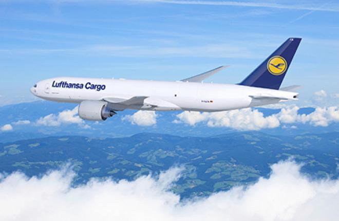 Сборка Boeing 777F для авиакомпании Lufthansa Cargo