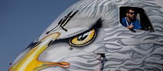 На аэродроме Ле-Бурже под Парижем открылся международный авиасалон Paris Air Show 2017, проводящийся раз в два года. ATO.ru публикует снимки самых интересных летательных аппаратов с выставки.