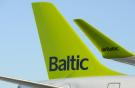 Самолет Airbus A220 авиакомпании аirBaltic